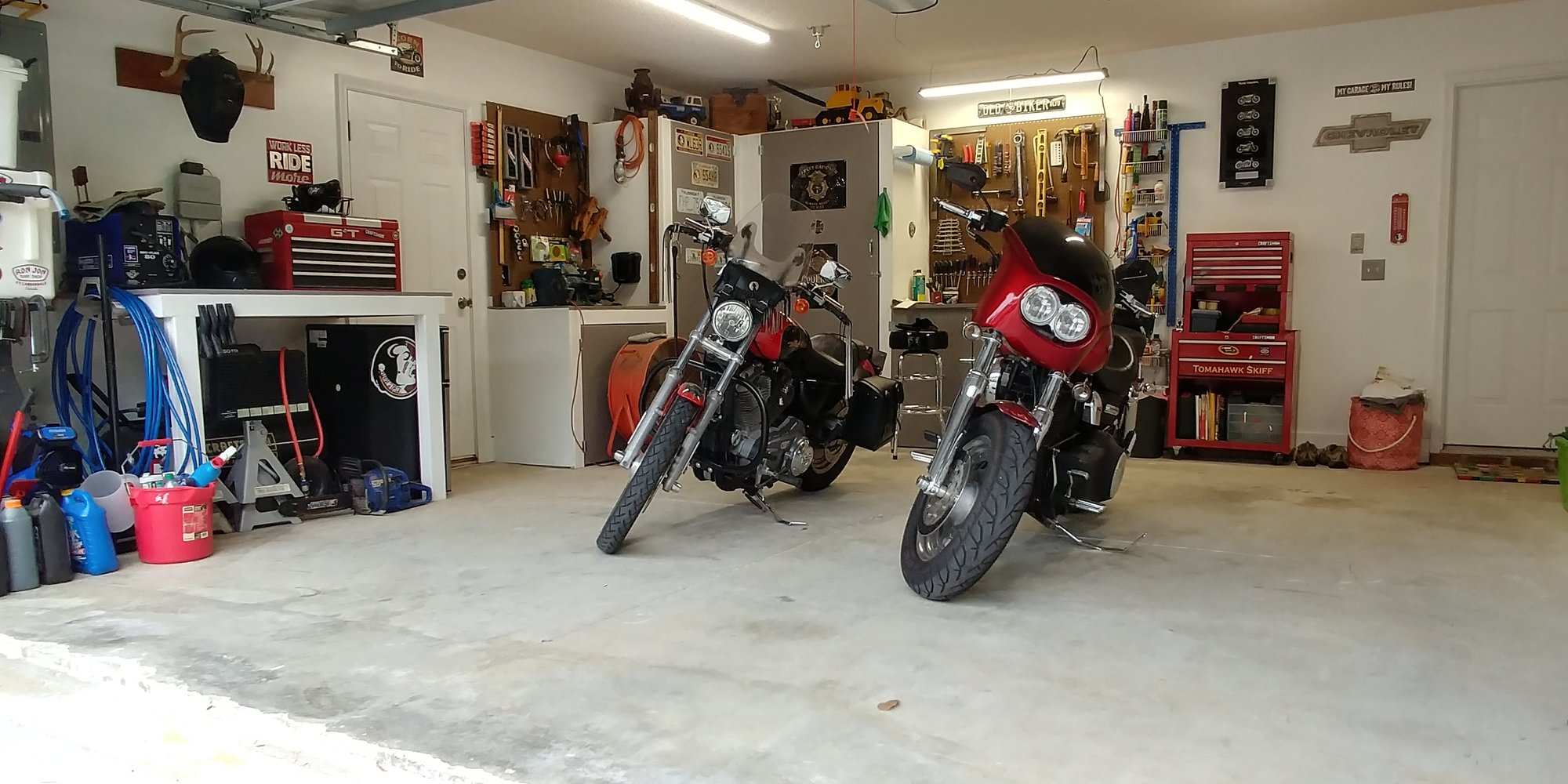 Garage Floor Epoxy Coating For Durable & Tough Flooring